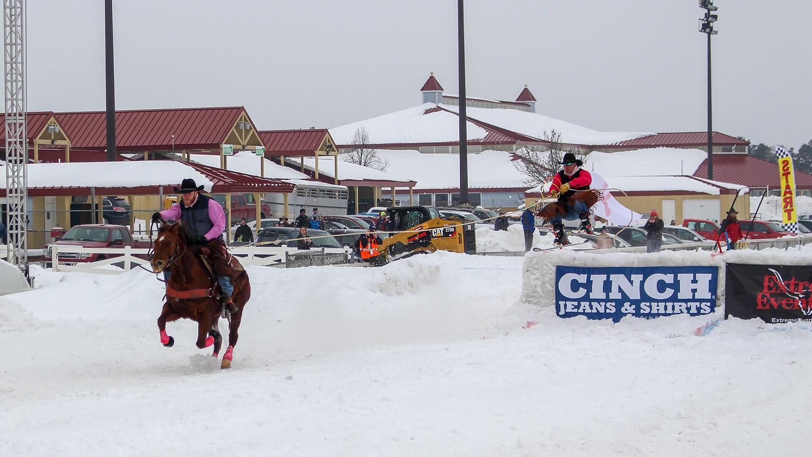 Extreme Horse Skijoring